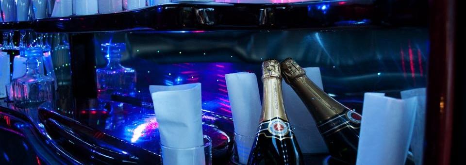 Limousine avec champagne à bord